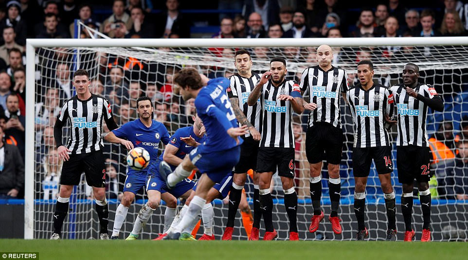 Chelsea humble Newcastle