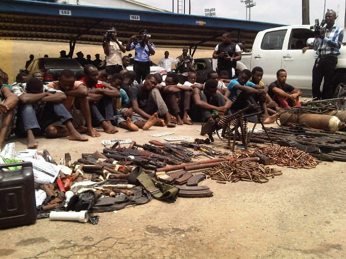 Police parade kidnapping gang and suspected armed robbers