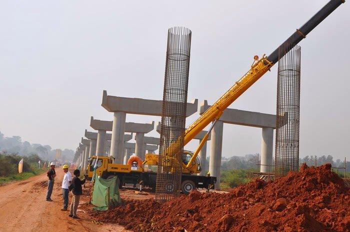 Bridge: FG releases mobilisation fees for Niger bridge